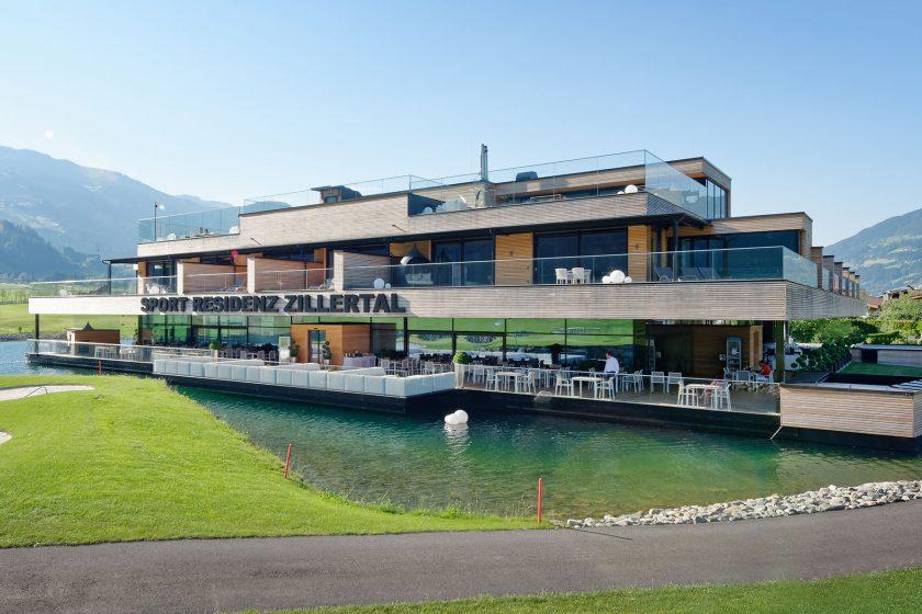 Sportovní rezidence s výhledem na panorama Zillertalských Alp