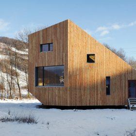 Aktivní dům uprostřed slovenské přírody - Slamák