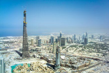 1000 mrakodrapů s bedněním Doka