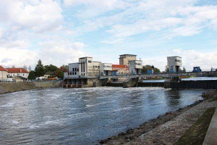 Samozhutnitelný beton na vodní elektrárně v Brandýse