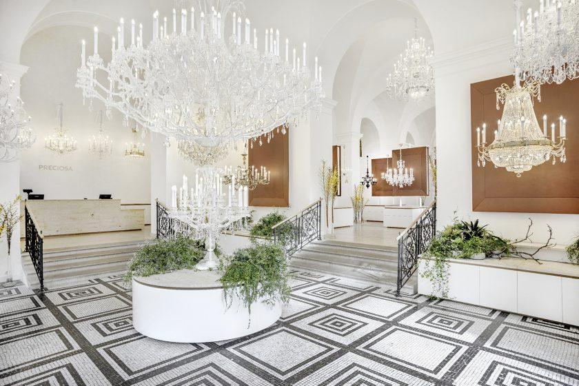 Svítidla z Preciosy obletí svět, začínají na pařížském Maison & Objet