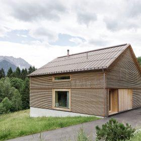 Moderní dřevostavba pro mladou rodinu