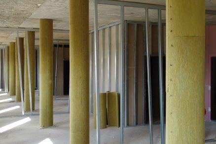 Architektonické výzvy: Svět izolací
