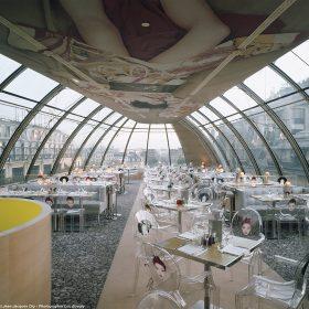 Ohýbané sklo na fasádách