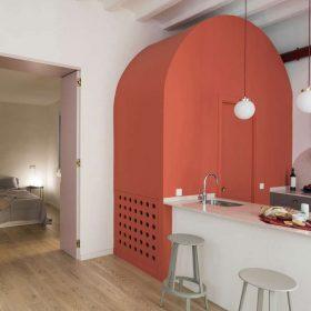 """Apartmán v Barceloně """"před a po"""""""