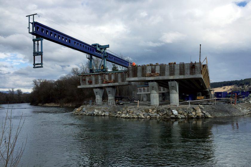 Mosty na D1 Hubová–Ivachnová