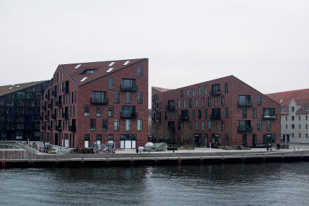 Tři domy v přístavu