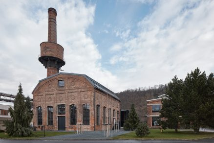 Industriální estetika: konverze bývalé Kotelny v Libčicích nad Vltavou