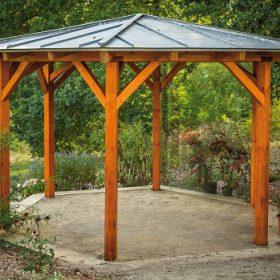 Renovace zahradního altánu