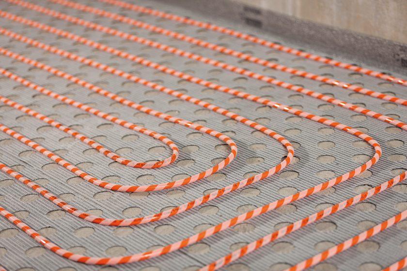 Plošné podlahové vytápění se snadnou pokládkou