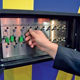 Inovace v průmyslových objektech: inteligentní klíčové trezory