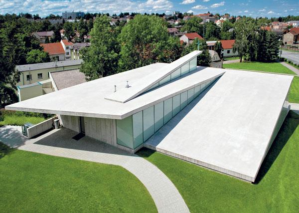 Kostel jako origami