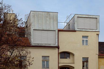 Manifest na střeše