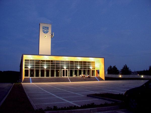 Mediatéka akomunitní centrum vMokré
