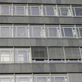 Modernizace 5 000 m2 fasády během 5 měsíců za provozu budovy