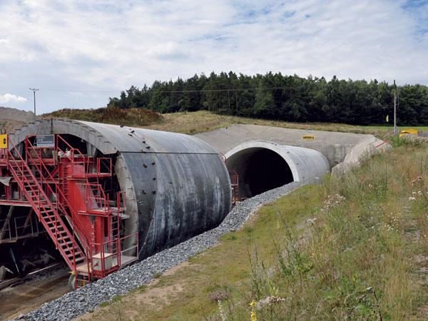 Modernizace trati Votice–Benešov uPrahy
