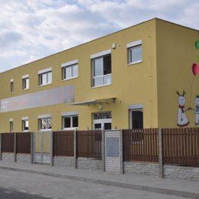 Modulová mateřská školka v Jesenici u Prahy