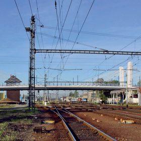 Most typu extradosed přes nádraží v Bohumíně