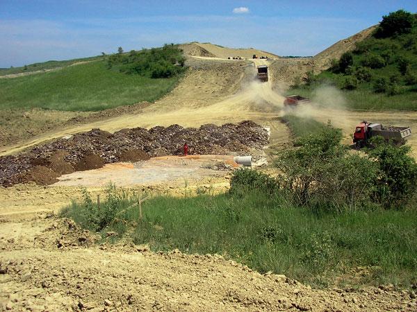 Možnosti využívání odpadních surovin ve stavebnictví