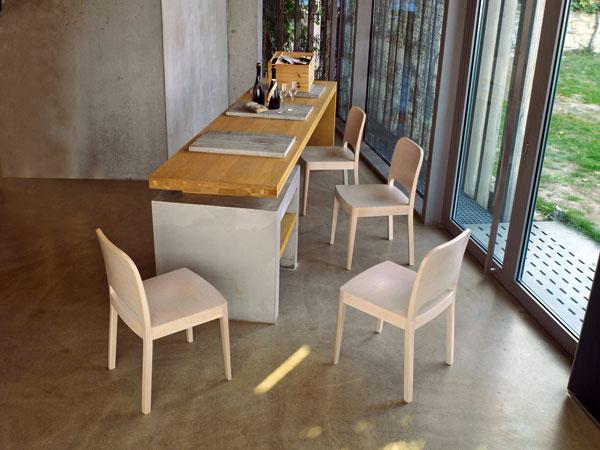 Nábytkem roku 2010 jsou židle