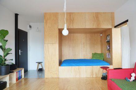 Nápadité řešení pro jednopokojový byt aneb ložnice v předsíni