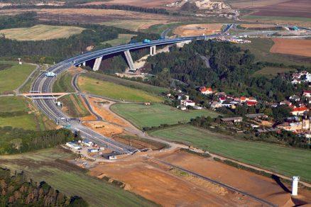 Nejvyšší ocelobetonový most vPraze