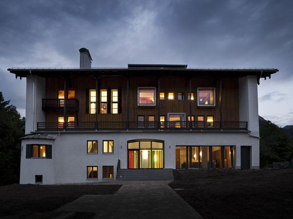 Nízkoenergetická rekonstrukce hostelu v Bavorsku
