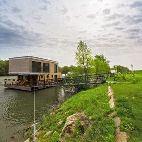 Nízkoenergetický rodinný dům na vodě