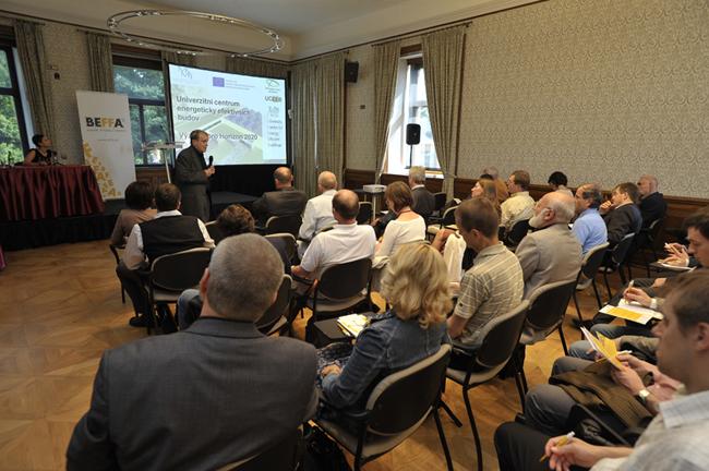 O městech (blízké) budoucnosti na konferenci Smart Cities