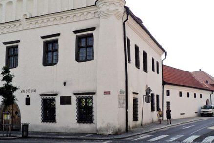 Omítkový systém pro památkově chráněné objekty