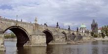 Oprava Karlova mostu vPraze – příprava aprovádění