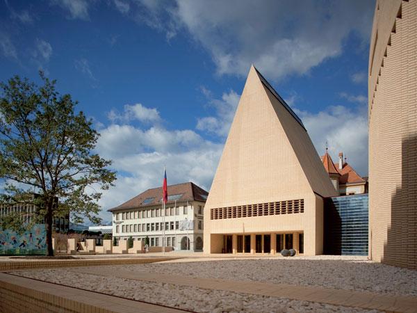 Parlament jako chrám