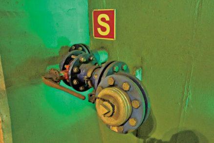 Požární vodovod v tunelu