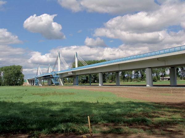 Předpínání mostních konstrukcí
