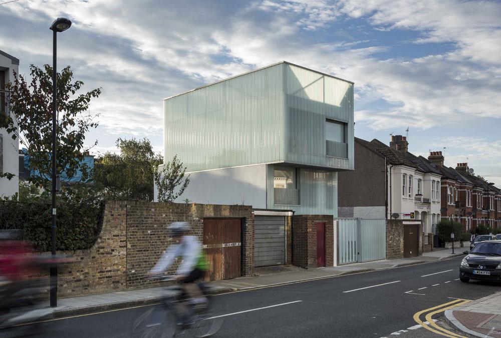 Průsvitný dům v Londýně