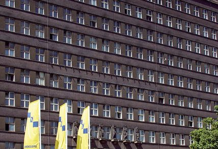 První mrakodrap vČeskoslovensku