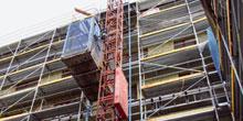 Realizace staveb pomocí stavebních výtahů