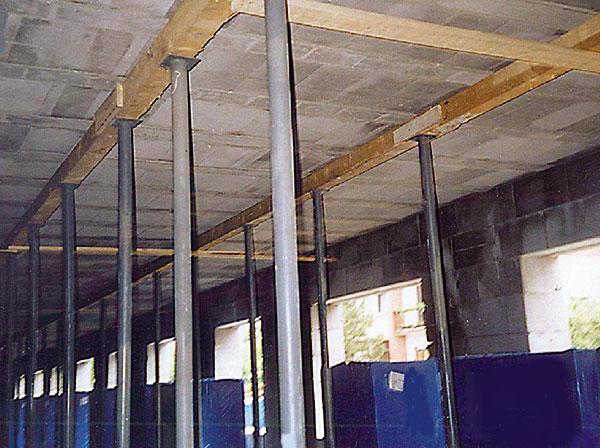Realizace stropního systému zpórobetonu