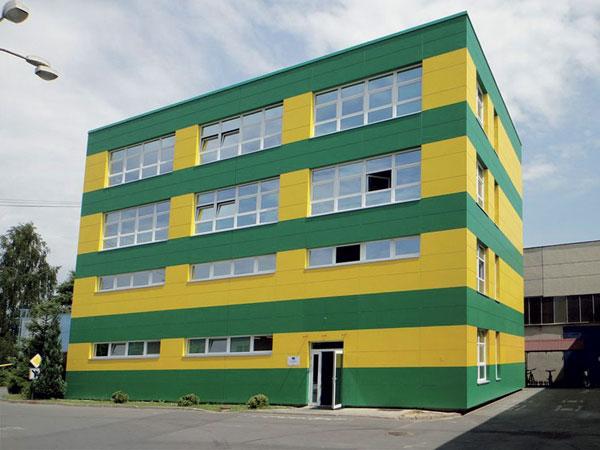 Rekonstrukce obvodového pláště svyužitím odvětrané fasády