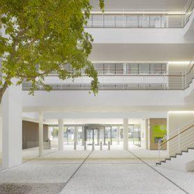 Richard Meier dokončil City Green Court v Praze