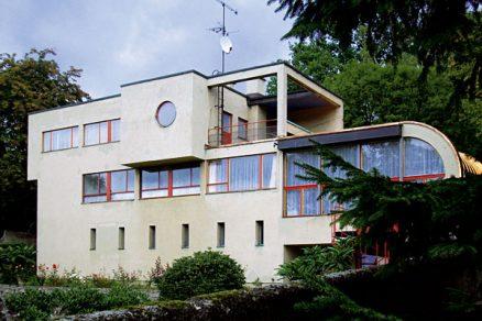 Schmelowského vila vJablonci nad Nisou