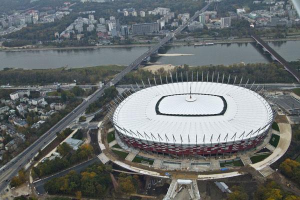 Sklo od AGC a Euro 2012: A zápasy mohou začít!