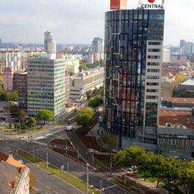 Slovenskou stavbou roku 2013 je multifunkční komplex Central