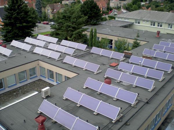 Solární ohřev vody vnemocnici Blansko