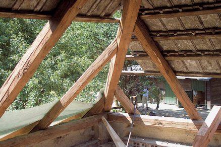 Spojování dřeva