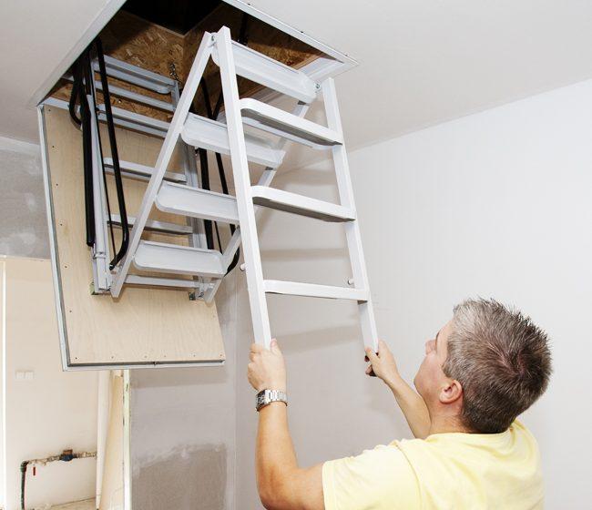 Stahovací schody J.A.P. - šikovný pomocník v interiéru