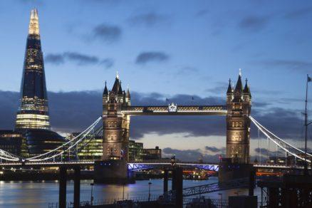 Střep vcentru Londýna - mrakodrap Shard
