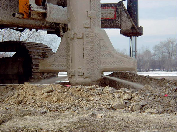 Technologie protipovodňových podzemních těsnicích clon