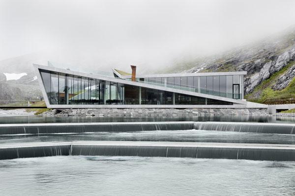 Trollstigen: Skály, fjordy a norská architektura