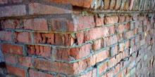 Vady keramických fasád způsobené mrazem